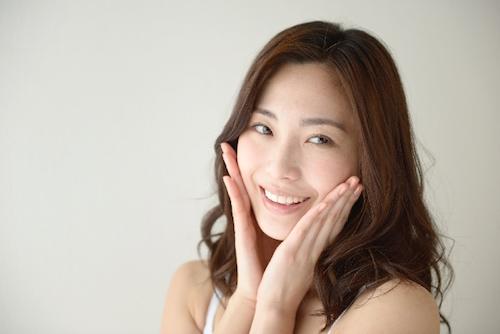 笑顔が素敵な女性はモテる