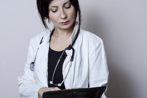 女医婚活 - 美人な女医